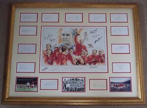 England-66-signed-Bobby-Moore-Alf-Ramsey-Charlton-Ball-Paine1966-World-Cup-x-22