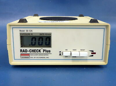 Nuclear Associates Victoreen RAD-Check Plus 06-526 w/Test Tool Manual Carry Case