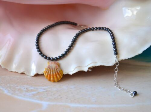 Beach Girl Hawaiian Sunrise Shell Anklet on Ravens Wing Pearls ~ 10 to 12 inches