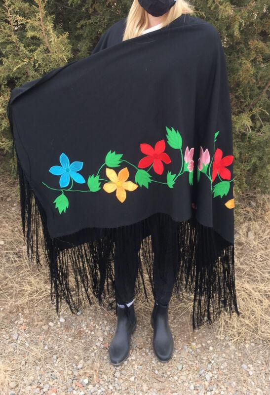 NICE BLACK HOMEMADE NAVAJO NATIVE AMERICAN INDIAN DANCE SHAWL FLOWERS