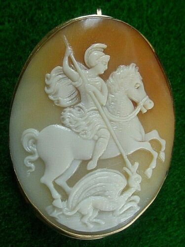 Vintage 18K 750 Yellow Gold Carnelian Cameo Brooch Pin Pendant St George Dragon
