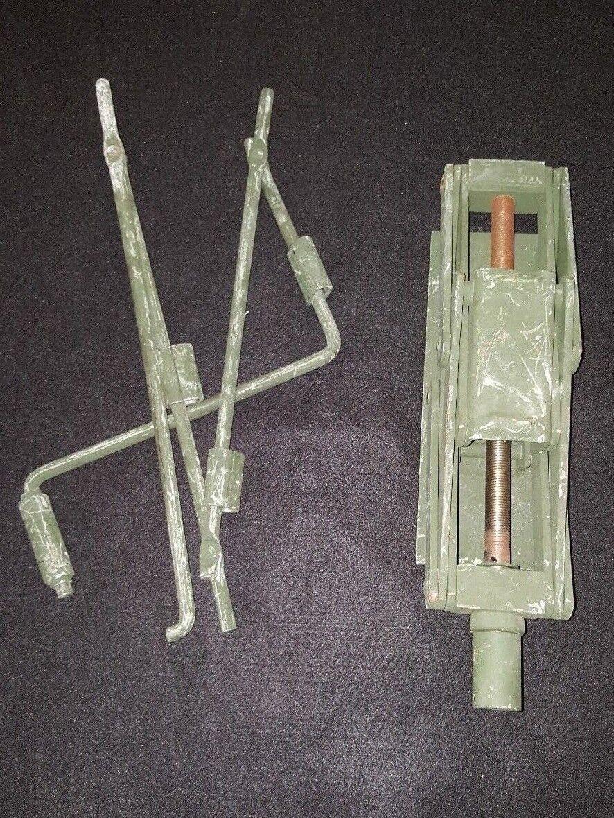 2 TON MILITARY TRUCK SCISSOR JACK HMMWV HUMVEE WITH HANDLE HEAVY DUTY M998
