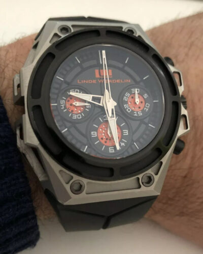 Linde Werdelin SpidoSpeed Black Orange chronograph. - watch picture 1