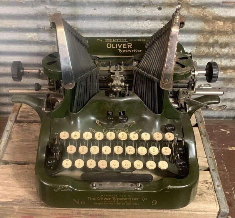 Beautiful Antique 1910s Vtg OLIVER TYPEWRITER Standard Visible Writer No. 9