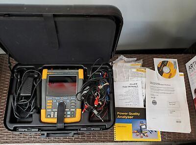 Fluke 190-204 4ch 200mhz 2.5gss Color Scopemeter Portable Oscilloscope