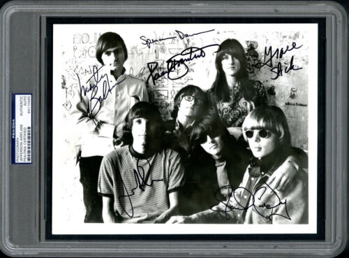 Jefferson Airplane All Original Band (6) Autographed Signed 8 x 10 Photo PSA DNA