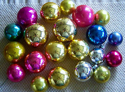 21- VINTAGE MIRROR FINISH GLASS CHRISTMAS TREE ORNAMENTS. VARIOUS COLORS (4321)