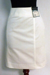NWT Geoffrey Beene Stretch Twill Skirt Side Zip Size 2 White