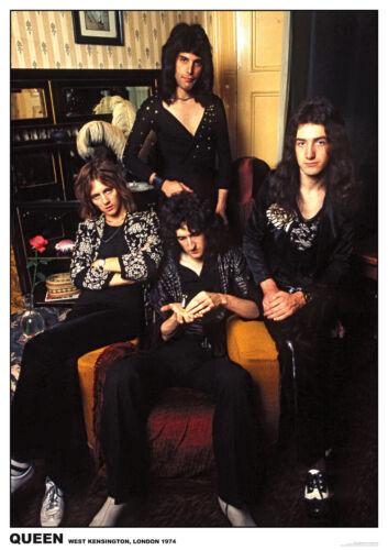 QUEEN FREDDIE MERCURY GROUP PHOTO 1974 WEST KENSINGTON LONDON POSTER NEW  !
