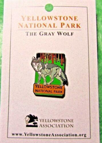 YELLOWSTONE NATIONAL PARK GRAY WOLF LAPEL HAT PIN WYOMING TRAVEL SOUVENIR-LP3