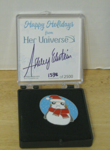 Disney ~ Her Universe ~ Star Wars Happy Holidays Porg Pin ~ #1538 LE2500