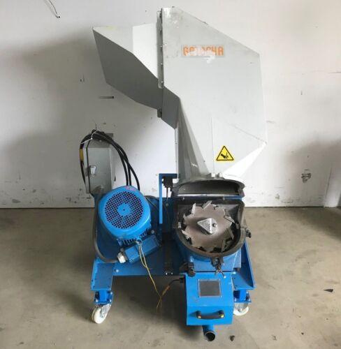 Getecha GRS-300-2B Plastic Granulator, ARG Angled Rotor, 5.5kW (7.4 HP) 220-480V