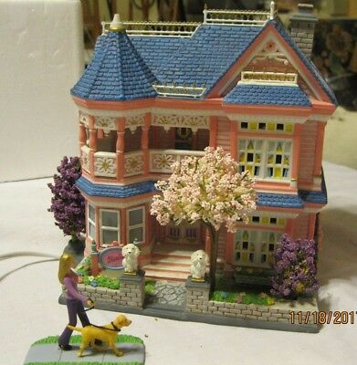BARBIE CERAMIC DREAM HOUSE LIGHT UP WITH DOG ABSOLUTELY GORGEOUS!
