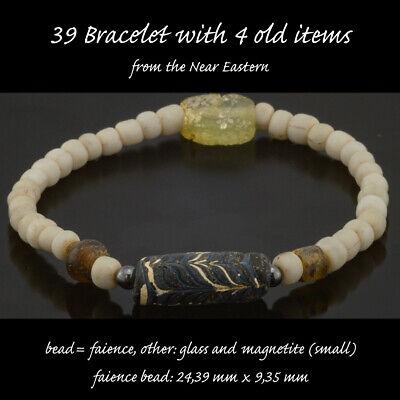 Armband in oud glas en 4 zeer oude items
