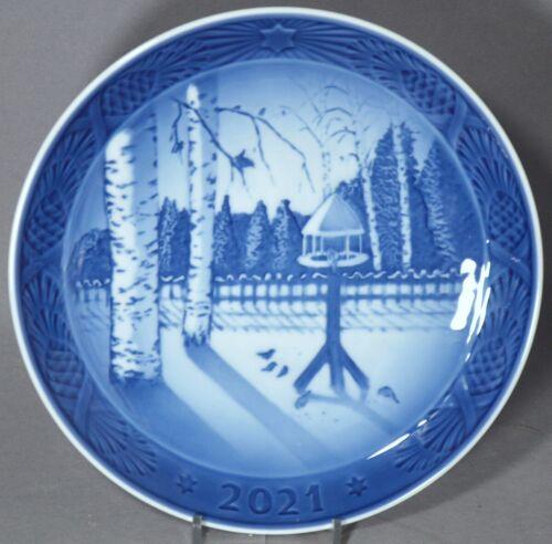ROYAL COPENHAGEN 2021 Christmas Plate – Winter in the Garden - NEW in BOX!