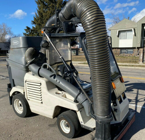 Tennant ATLV 4300 All Terrain Ride On Litter Vac Leaf Yard Parking lot Sweeper
