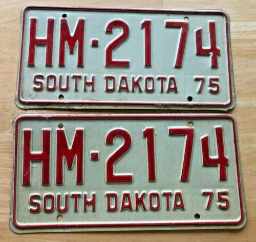 Pair of 1975 South Dakota License Plates