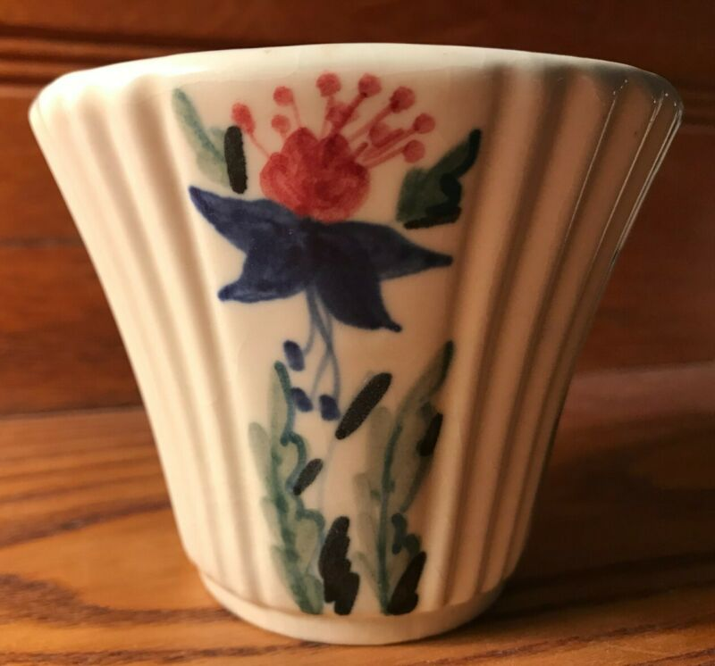 "Small Abingdon hand decorated planter, approx 3"" X 3 1/2"""