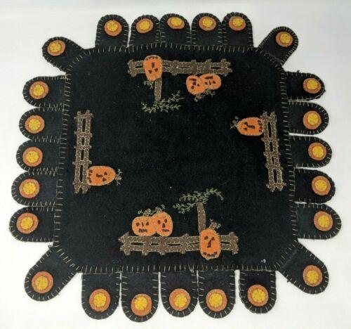 VTG Handmade Black Halloween Jack O Lantern Pumpkin Applique Wool Penny Rug KP21