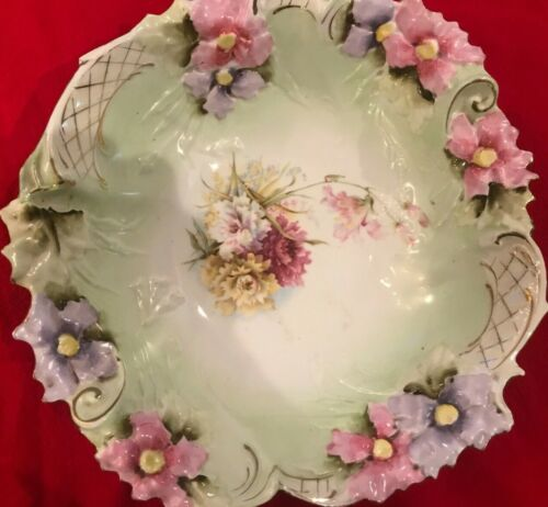 RS Prussia Serving Bowl Flower Mold