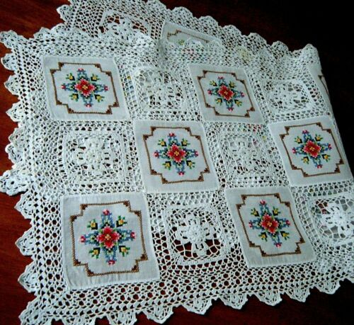 Victorian Runner alternated small panel embr/ed &croc/ed crosses lace piece