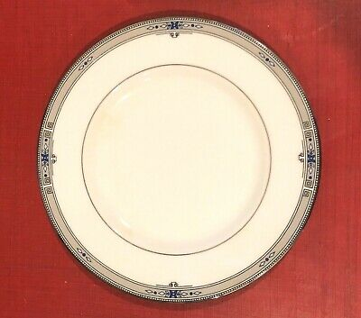 Wedgwood AMHERST Bread and Butter Plate(s) Platinum Trim China 6 inch ENGLAND 6 Inch Bread And Butter Plates
