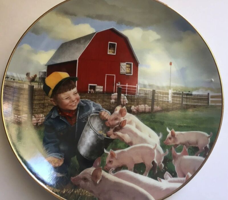 Danbury Mint Plate Piglet Roundup Collectible  E857 Limited Edition Farmhands (f
