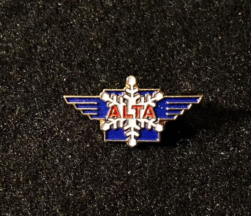 ALTA Skiing Ski Pin Badge UTAH UT Resort Souvenir Travel Gold Snowflake