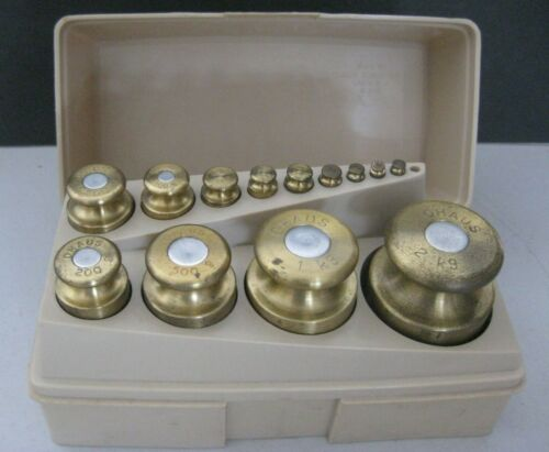 OHAUS Sto-A-Weight 1g to  2kg Scale Calibration Brass Weight Set w/Case- Good