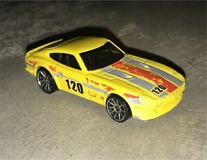 Hot wheels datsun 240z (1:64 scale)