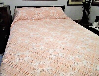 Vintage Chenille Queen/Full Bedspread 90