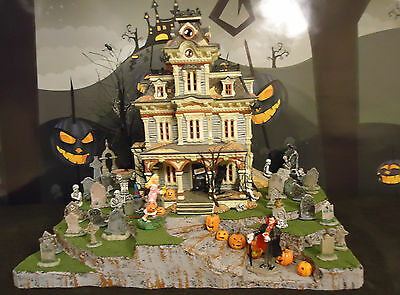 Halloween Display Platforms (Halloween Display Platform Base for Dept 56 Snow Village Lemax Spooky Town)