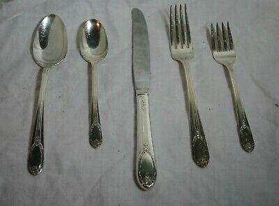 4 International Silver 1847 Rogers Bros  GARLAND  Silverplate Dinner Knives 1965