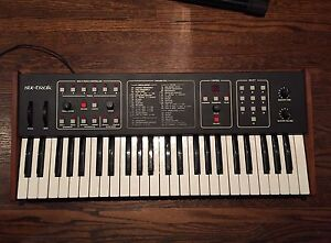 Dave Smith Instruments/Sequential Circuits Six-Trak