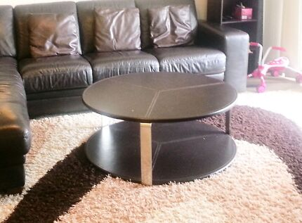 Round Leather Table  Glenfield Campbelltown Area Preview