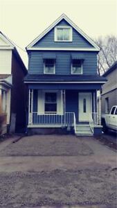 154 Avondale Street Hamilton, Ontario