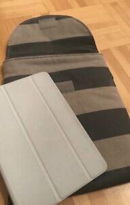 1 IPad mini cover + 1 iPad pouch (iPad pas inclu)
