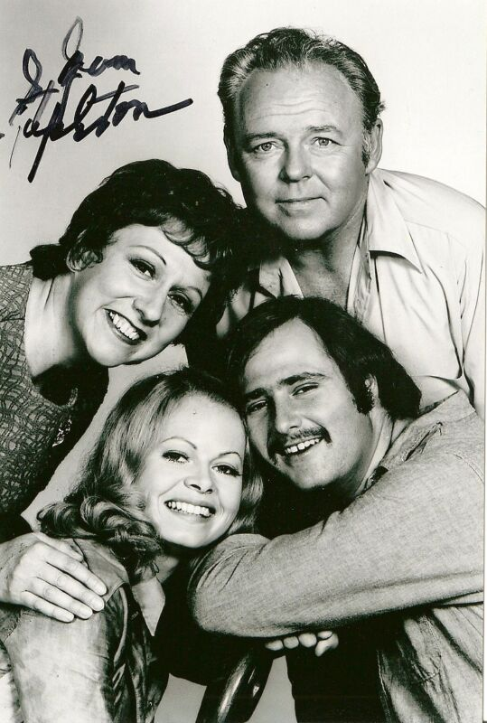 "Jean Stapleton signed autograph ""All in the Family"" RARE TV Edith Bunker LOOK!"