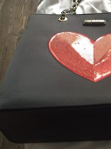 Authentic Moschino purse  West Island Greater Montréal image 6