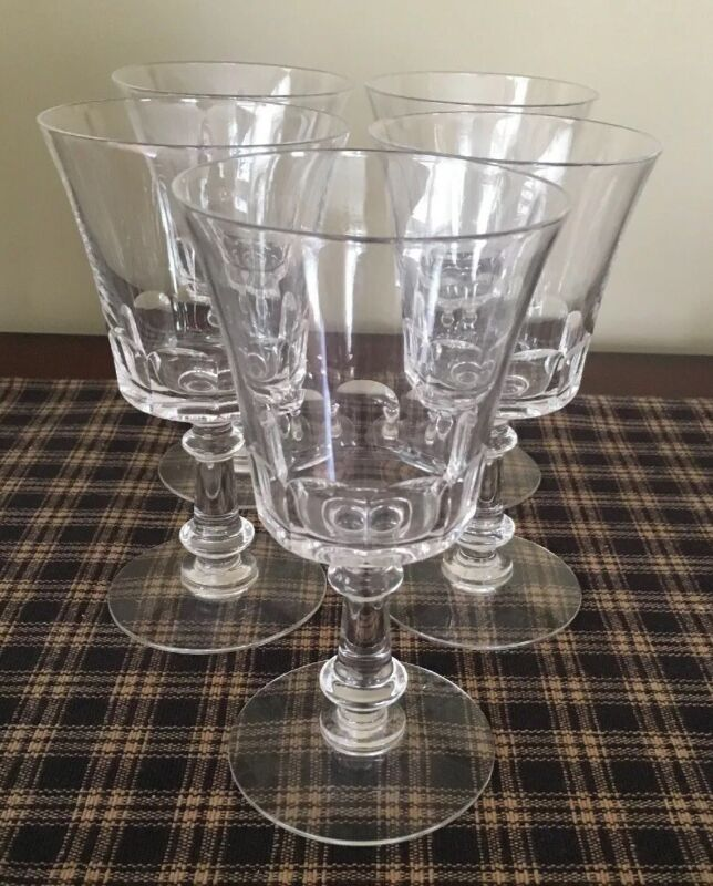 Fosteria Dolly Madison Set Of 5 Water Goblets. Excellent Condition