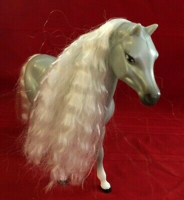 2002 Mattel Barbie Horse~ Gray with White on Legs. Mane and Tail are Wavy White!