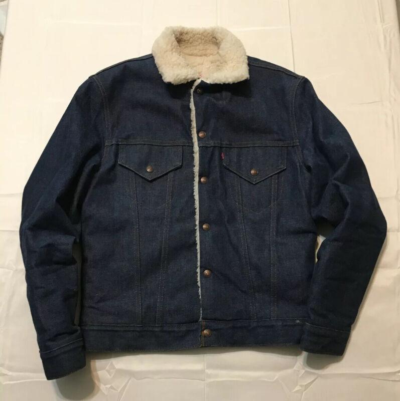 Vintage Levis Sherpa Denim Jacket Near Mint Made In USA Size 38