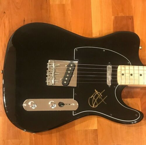 * JOSH KLINGHOFFER * signed electric guitar * RED HOT CHILLI PEPPERS * 1