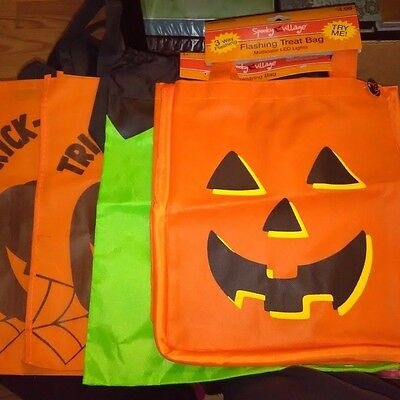 4 Halloween Party Candy Trick or Treat Tote Bags 1 Flashes and 1 Drawstring Plus](Halloween Candy And Treats)