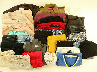 WOMEN Clothes Bundle 8 kilos 27 items Wholesale Joblot
