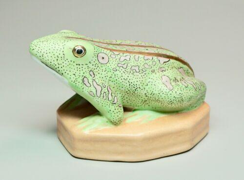"""Vintage Hand Painted Porcelain Frog Lifelike Green Pink 24K Gold 5.75"""" Wide"""