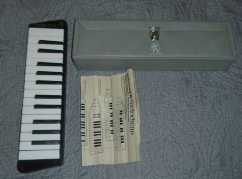 Hohner Melodica Piano 26 w/ case