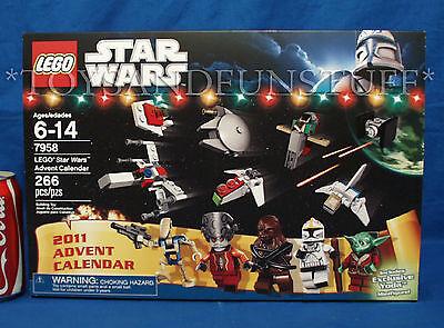 NEW - Lego 7958 - STAR WARS ADVENT CALENDAR - Christmas YODA Exclusive - 2011