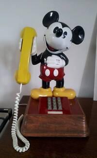 Walt Disney 1976 Mickey Mouse Push Button Vintage Retro Phone