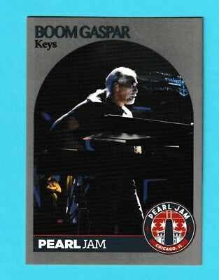 2018 Pearl Jam Chicago Trading Card Hoops Boom Gaspar Hands On Hip  (Hands On Trade)